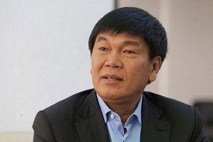 Sau khi thế chấp 100 triệu cổ phiếu để Hòa Phát vay vốn, ông Trần Đình Long chi tiền nâng sở hữu