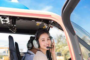 Hoa hậu Tiểu Vy xinh đẹp tạo dáng với trực thăng khiến fan ngỡ đâu là diễn viên Thái