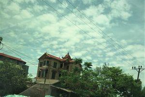 Yên Phong (Bắc Ninh): Làng quê trở thành bãi tập kết kính phế liệu khổng lồ