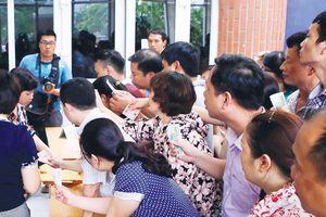 Hà Nội xác nhận nhập học gần 90% học sinh THCS qua tuyển sinh trực tuyến