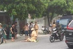 CSGT bị thiếu niên đâm xe hất tung: Người thân tiết lộ