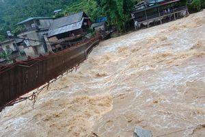 Lào Cai: Thủy điện Sử Pán 1 lại xả lũ, 10 hộ dân phải sơ tán