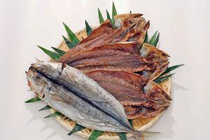 Mùi vị khó quên của cá khô Kusaya, đặc sản Nhật Bản