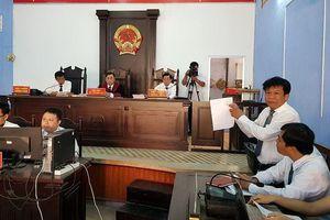 Bất ngờ 'lỗi hẹn' tuyên án vụ 'phân bón rởm': Bí thư Tỉnh ủy Sóc Trăng Phan Văn Sáu nói gì về vụ việc?