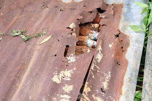 Đào trúng cả hầm đạn cối 'khủng' dưới chân đèo Bảo Lộc