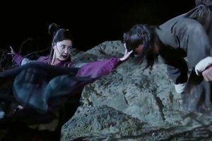 Kiếm hiệp Kim Dung: Sự thật về môn võ công, khi luyện phải dùng tay đánh vào sọ người sống