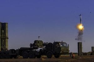 Tên lửa S-500 có thể chặn mọi đòn tấn công từ vũ trụ?