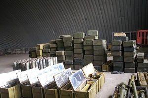 Ukraine cáo buộc Nga cấp 600 tấn đạn dược cho chiến binh Donbass