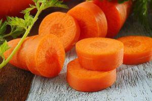 Mẹo cắt cà rốt chuẩn cho việc bếp núc dễ dàng