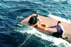Chìm tàu chở 15 nghìn lít dầu trên biển Quảng Trị