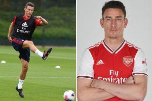 Đội trưởng Arsenal từ chối du đấu, làm loạn đòi ra đi
