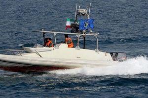 Mỹ hé lộ 'âm mưu' của Iran bắt tàu chở dầu Anh trên eo biển Hormuz