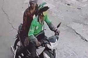 Người đàn ông mặc áo xe ôm Grab bị cứa cổ, cướp xe máy ở TP.HCM