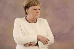 Thủ tướng Đức liên tục bị bắt gặp run rẩy trước công chúng