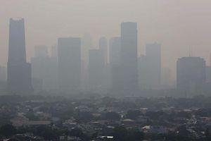 Báo động ô nhiễm không khí: Thủ đô Jakarta dự định làm mưa nhân tạo
