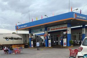 Hiện trường vụ nữ nhân viên cửa hàng xăng bị đâm chết trong đêm