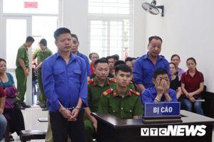 Ông trùm Hưng 'kính' bảo kê chợ Long Biên trốn ống kính phóng viên, đề nghị hoãn phiên tòa