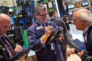 Giới đầu tư nhận quà lớn từ Fed