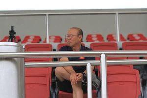 Thời điểm kí hợp đồng với HLV Park Hang-seo vào tháng 11?
