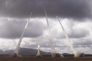 Dàn hỏa lực của Mỹ dội bom thép trong đợt tập trận mới nhất