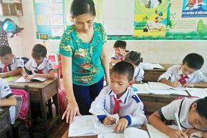 Hòa Bình: Lưu ý điều động, luân chuyển giáo viên từ nơi thừa sang nơi thiếu