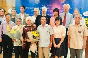 Tôn vinh những đóng góp tích cực cho Việt Nam của các nhà hoạt động hòa bình Mỹ