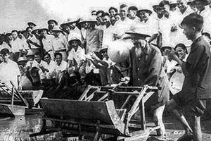 Phong cách Hồ Chí Minh về phát huy dân chủ, chăm lo đời sống nhân dân