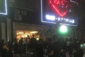40 thanh niên dương tính ma túy đang bay lắc điên cuồng trong quán bar-karaoke Ruby