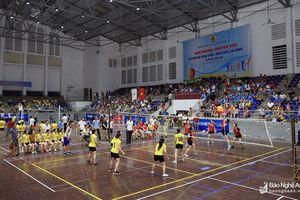 280 vận động viên tham gia Giải Bóng chuyền hơi nữ Công đoàn viên chức Nghệ An