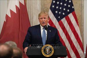 Tổng thống Donald Trump công khai chỉ trích tiền điện tử