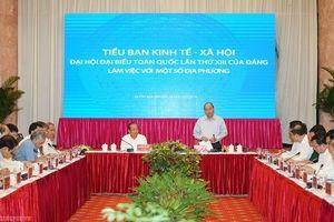 Thủ tướng chủ trì họp Tiểu ban Kinh tế-Xã hội với các địa phương miền Trung, Tây Nguyên