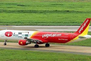 Máy bay Vietjet Air đi nhầm đường lăn đang bảo dưỡng ở Tân Sơn Nhất