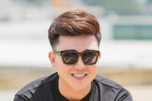 Tiko Tiến Công hào hứng cùng Tường Vi làm MC cho gameshow của Facebook