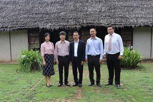 Xúc động khi thấy kiều bào học tiếng Việt trên đất Thái