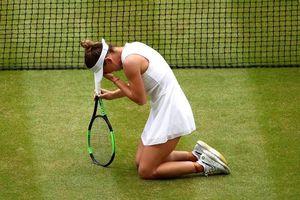 Halep quỳ gối ăn mừng chức vô địch Wimbledon