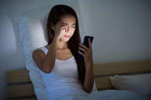 Những người sống lâu thường không làm 5 điều này trước khi đi ngủ