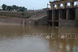 Gần 750 nhà cửa, lều quán... lấn chiếm công trình thủy lợi Bắc Hưng Hải - Hưng Yên