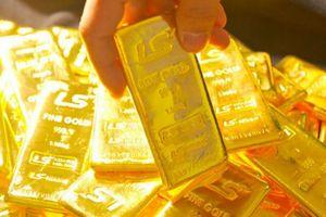 Giá vàng hôm nay 13/7: Giá vàng tiếp tục 'leo thang'