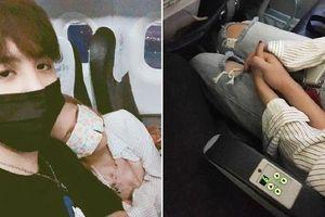 Cặp đôi yêu nhau ngay từ cái nắm tay đầu tiên khi tình cờ ngồi cạnh trên máy bay