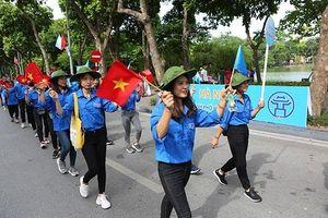 Đi bộ vì hòa bình và lễ hội đường phố ở Hà Nội