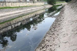 Chuyên gia nói về đề xuất 'giải cứu' sông Tô Lịch bằng nước sông Hồng
