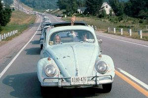 Tạm biệt 'con bọ huyền thoại' của thế kỷ 20 Volkswagen Beetle