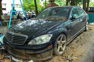 Xế sang Mercedes-Benz S63 AMG đời 2011 nằm phủ bụi ở Hà Nội