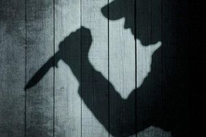 TP.HCM: Nghi án chồng dùng dao đâm vợ tử vong trước Ga Sài Gòn rồi bỏ trốn