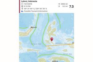Động đất 7,3 độ ở Indonesi khiến một số ngôi nhà bị phá hủy