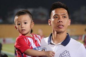 Sau trận đấu 'kỳ lạ' với Khánh Hòa, Văn Quyết bị hack tài khoản mạng xã hội