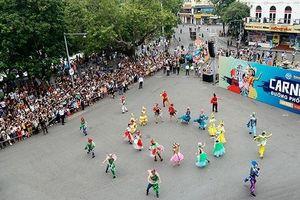 Sôi động Carnival mừng 20 năm Thủ đô vì hòa bình