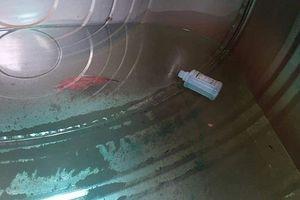 Phú Thọ: Điều tra nghi vấn bỏ thuốc sâu vào bể nước ăn, đầu độc cả gia đình