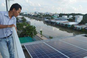 Người dân rủ nhau lắp điện năng lượng mặt trời
