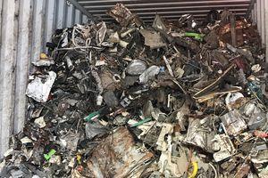 Chậm chạp trả rác thải cho 'nhà giàu'